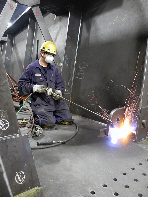 Dorval Interchange: Fabrication and Installation Challenges