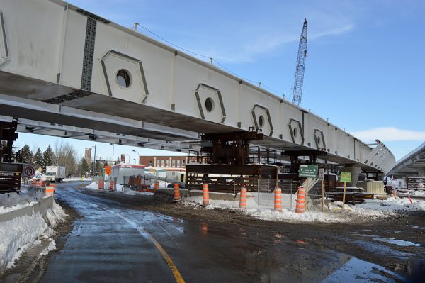 Lachine Canal Bridge Takes Shape